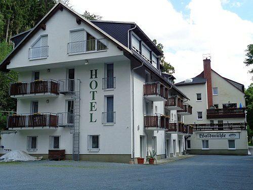 Stellplatz am Hotel Waldmühle